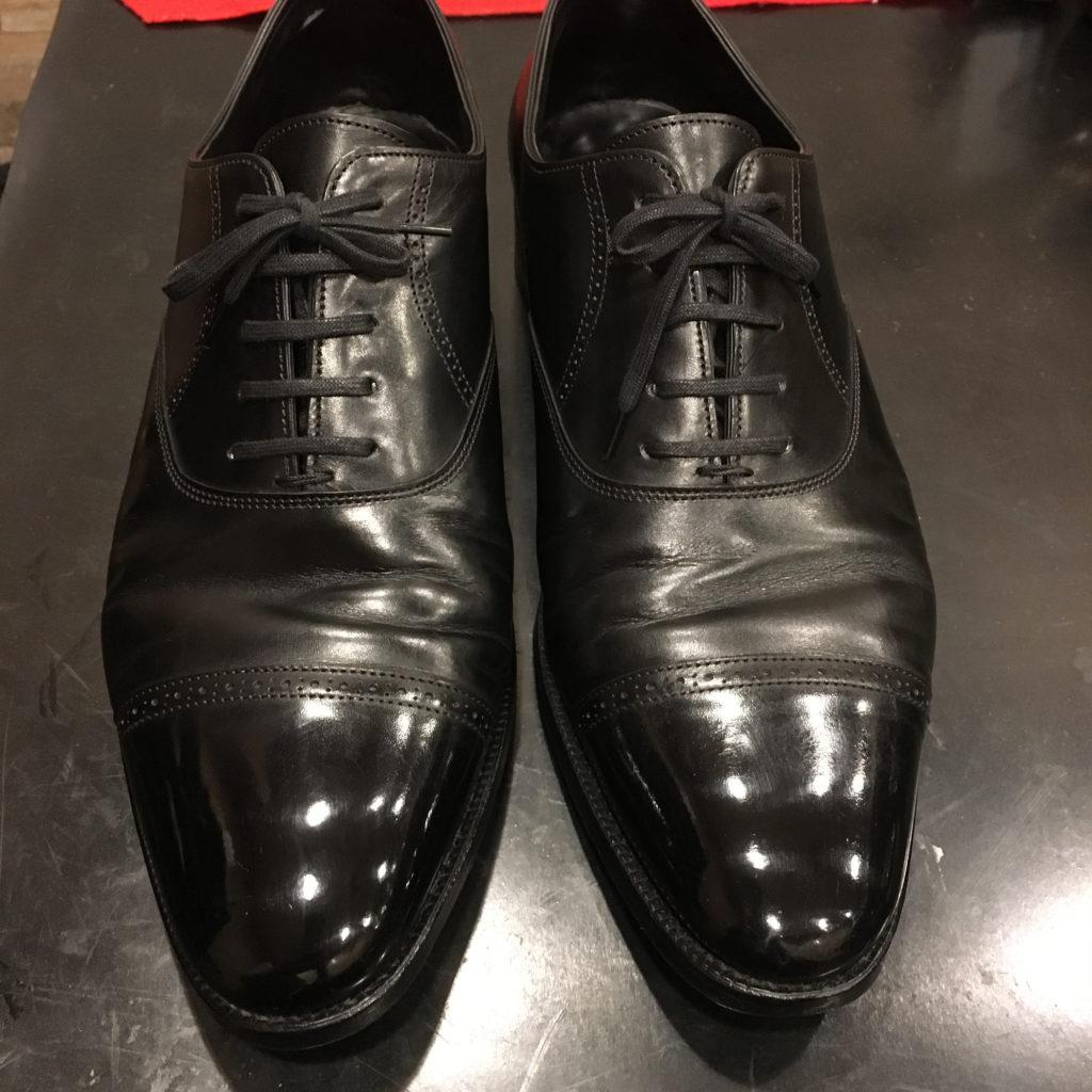 ジョンロブ靴磨き