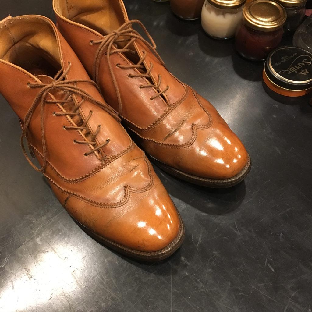 靴磨きトリッカーズの靴