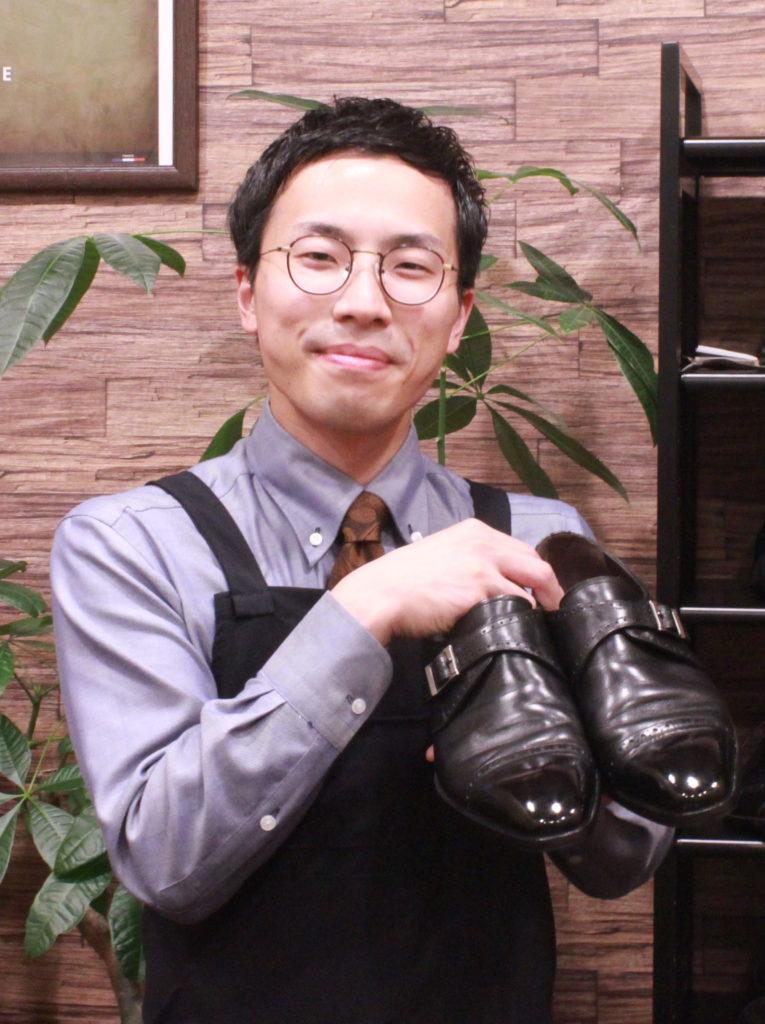 靴磨き・靴修理店オーナー 小川大地