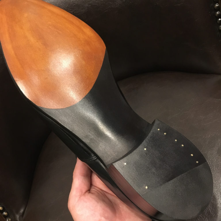 靴修理ヒドゥンチャネル