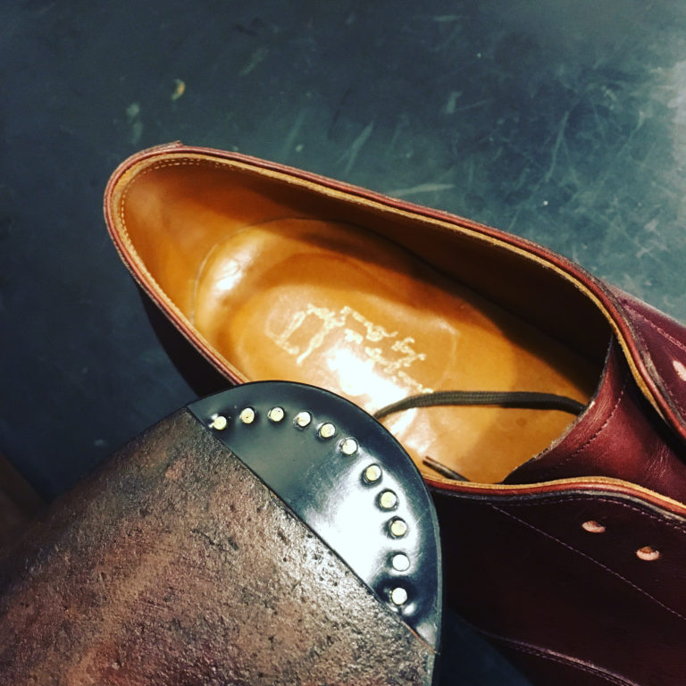 靴修理飾り釘