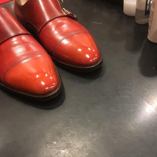靴磨き雨染み除去
