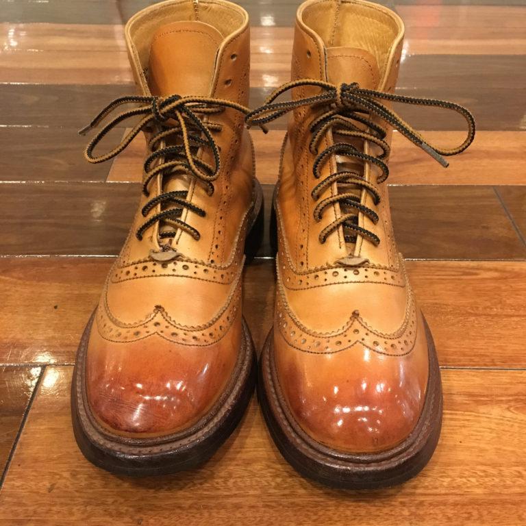 靴磨きアンティーク加工